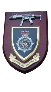 Metropolitan Police Service with Pewter MP5 Wall Plaque